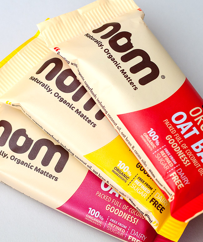 Nom bars packaging design
