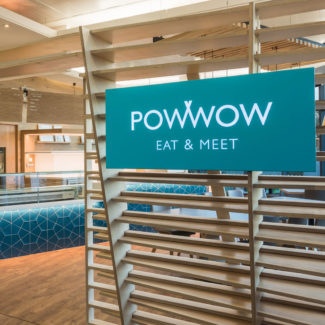 Powwow - restaurant and cafe