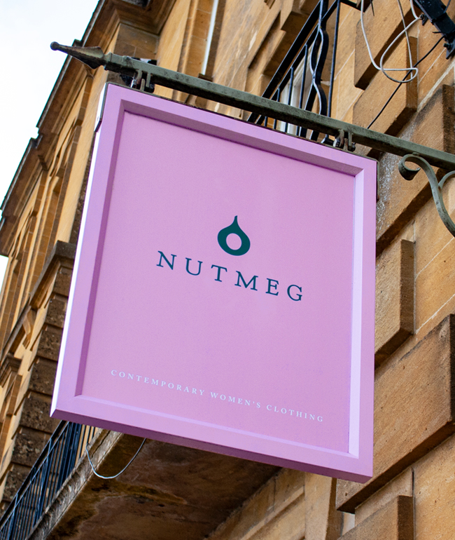 Nutmeg Chipping Norton Signage